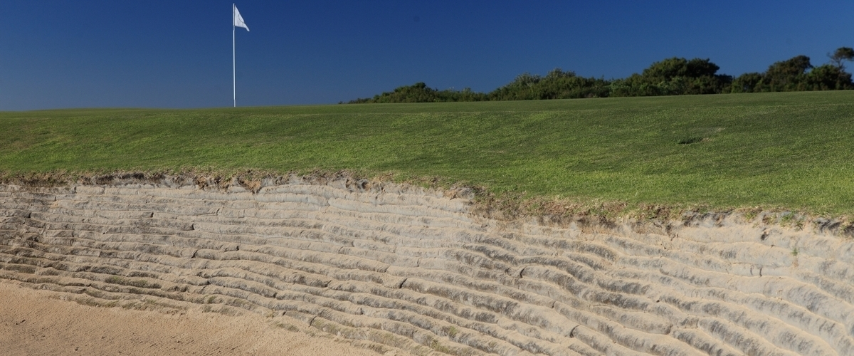 Typical Links Bunkers